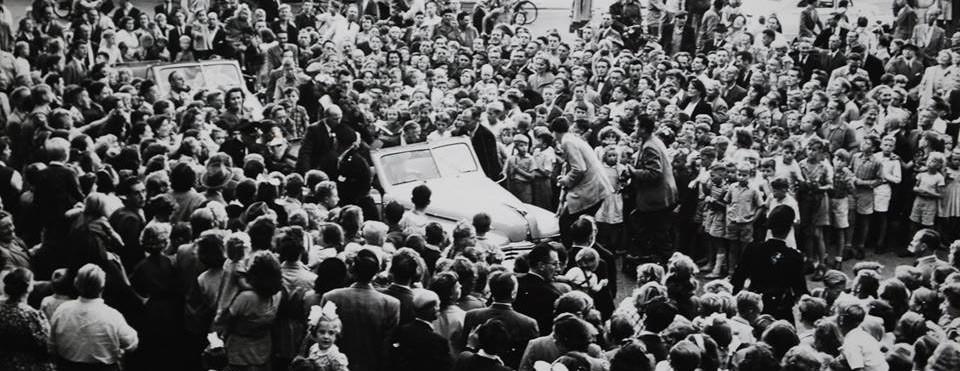 Huldiging-Piet-van-Heusden-Mercatorplein-1952